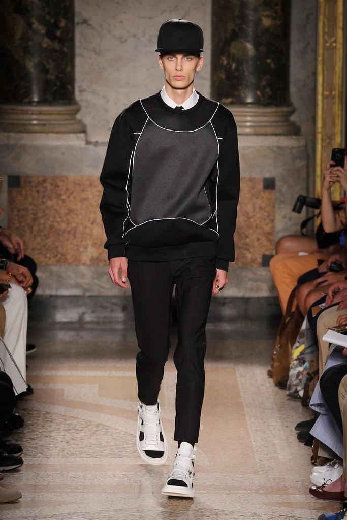 Marc Schulze3231_SS16 Milan Les Hommes(fashionising.com)