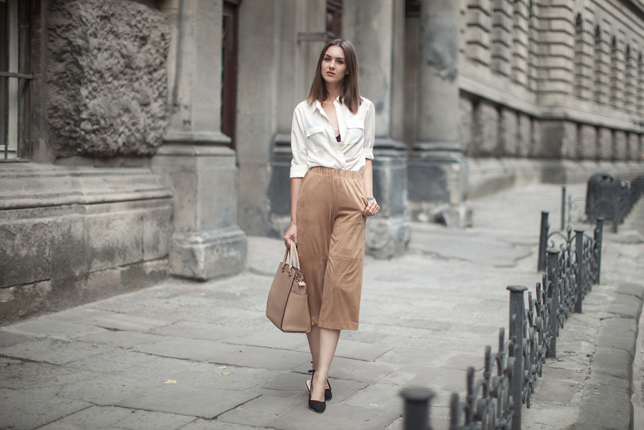 hm-suede-culottes-outfit-street-style