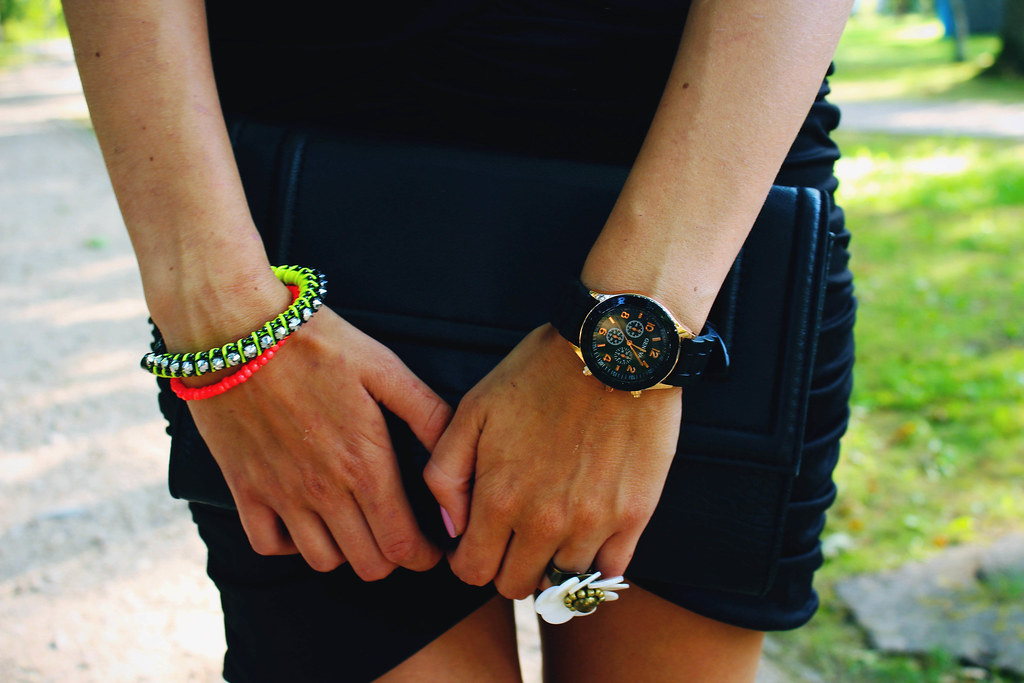 neon-color-bracelet