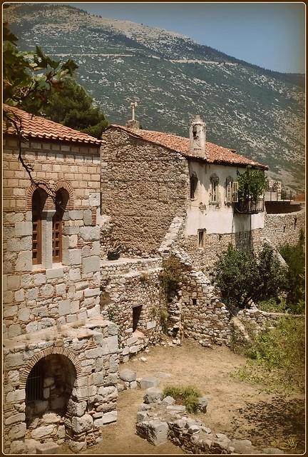 ☼ Η Μονή Του Όσιου Λουκά ☼ Monasterio de San Lucas