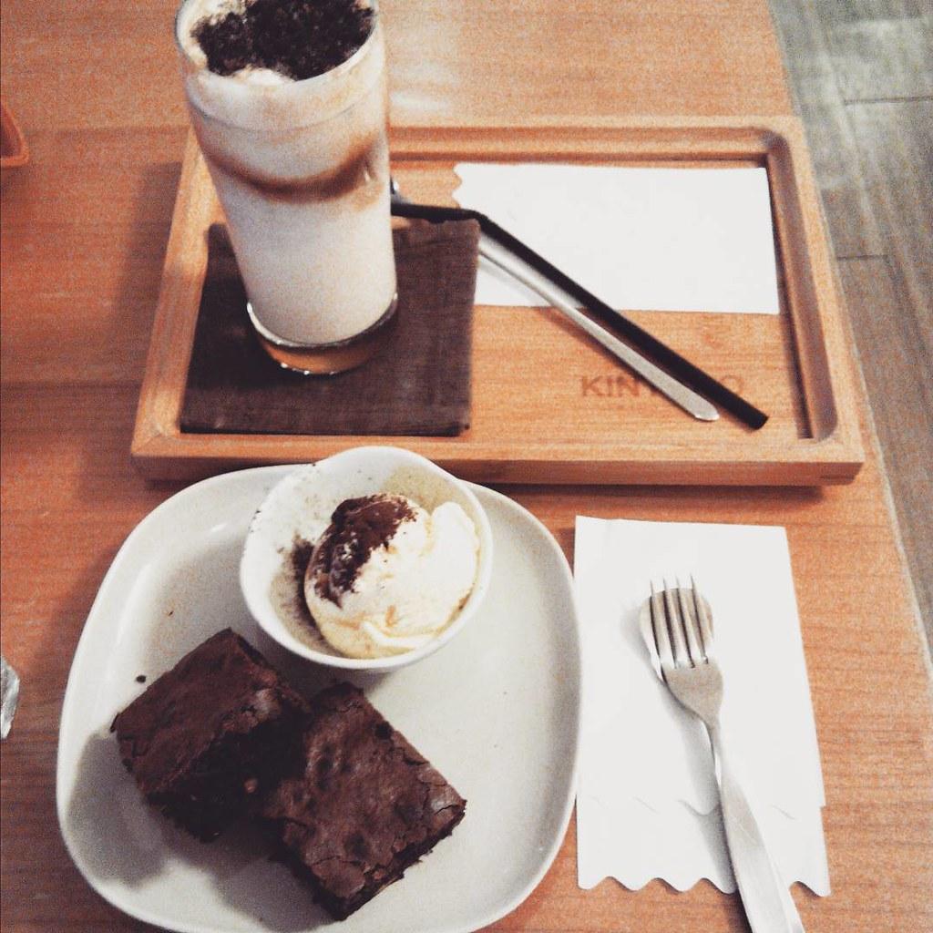 #巧克力碎片拿鐵 #墨咖啡 #150808 #貪吃瞳 #有故事的人