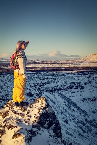 sky sunset volcano blue golden snow mountain circle montanha azul crater dourado céu neve círculo pôrdosol cratera kerid iceland vulcão islândia keriđ contemplating contemplando