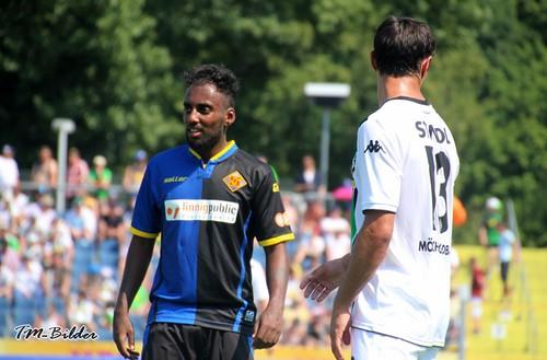 TuS verpflichtet Yannick Tewelde - Kadir Yalcin im Oberliga-Kader 18795527754_e70e24458c