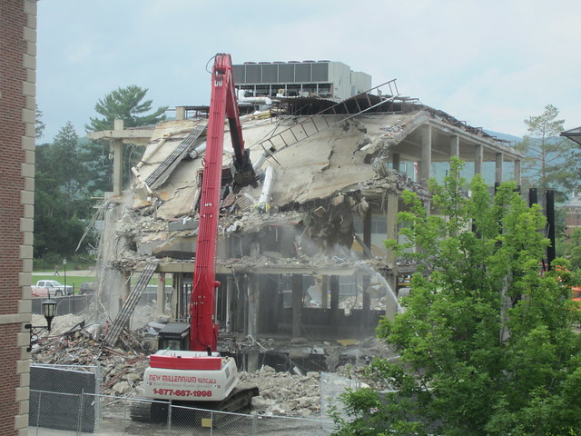 7:7 floors collapsing