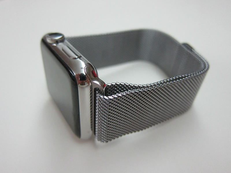 Apple Watch 42mm Milanese Loop - With Apple Watch