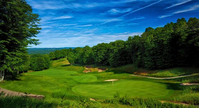 Golf at Treetops