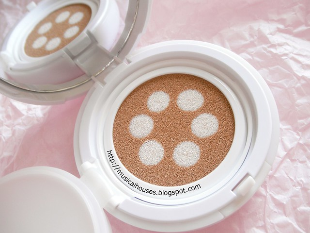 Etude House Any Cushion Pearl Aura Close