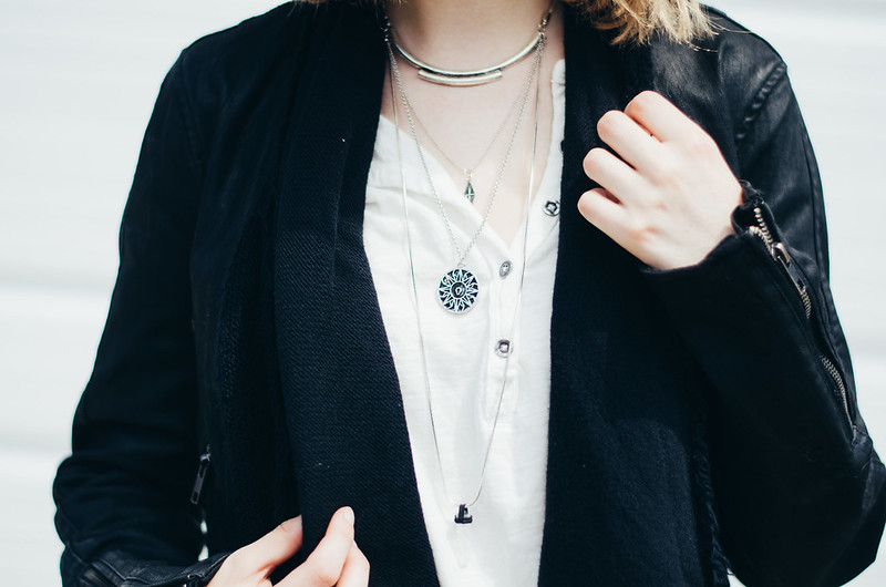 Free People Layering Necklaces on juliettelaura.blogspot.com