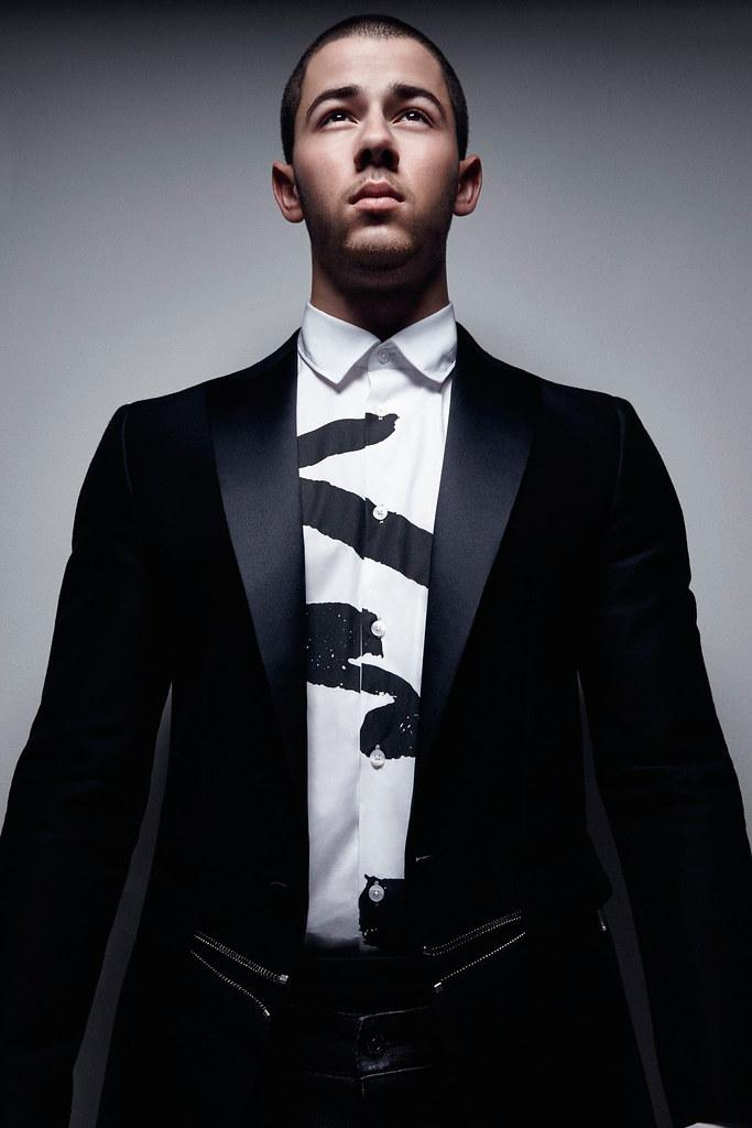 Ник Джонас — Фотосессия для «Essential Homme» 2016 – 10