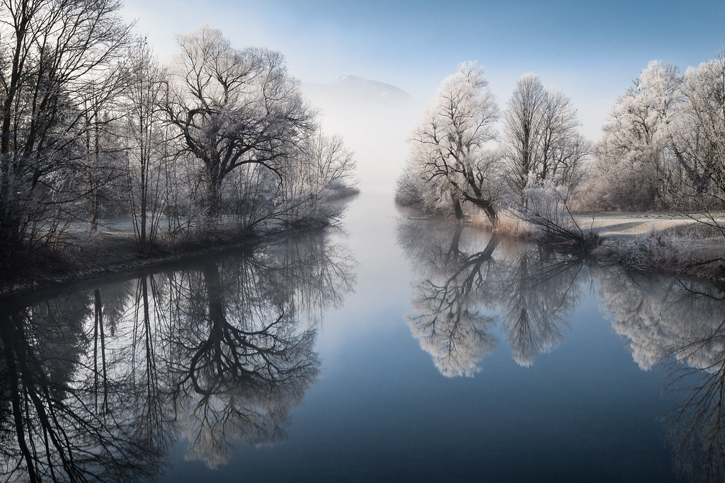 A misty winter morning at river Loisach [Explored 2017/01/14]