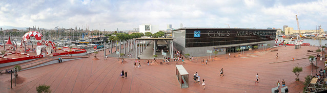 Barcelona - Centro Comercial Maremagnum panorama