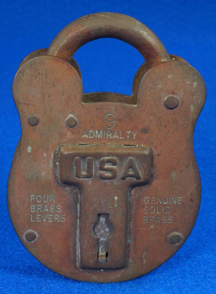 RD15222 Admiralty 4 Lock USA 4 Brass Levers DBC Lock Co LTD 004-02-01 Steampunk DSC08831