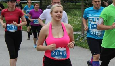Jak běhat s bujným poprsím