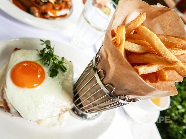 Croque-Madame, free-range egg, frites