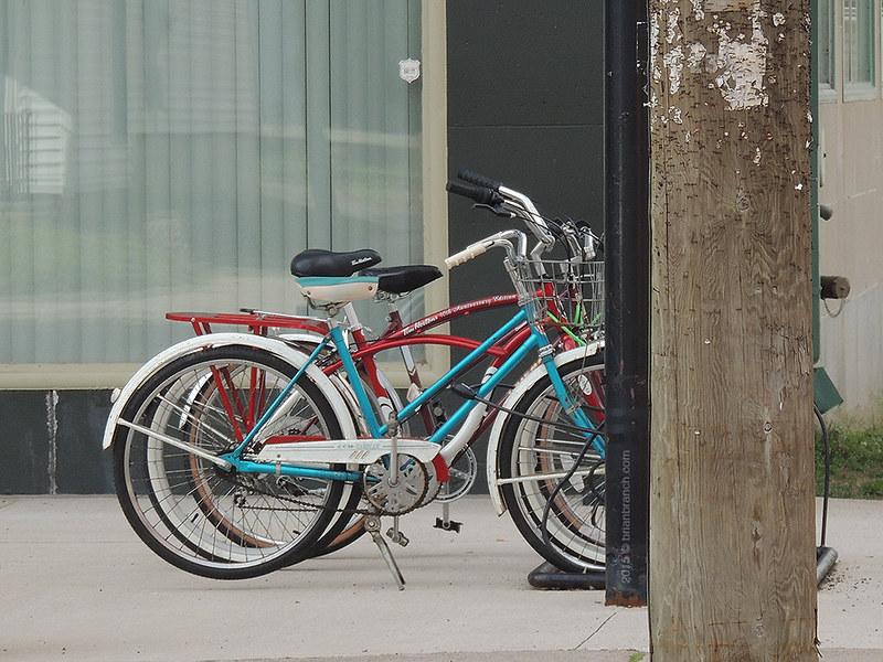 DSCN9831_bikes