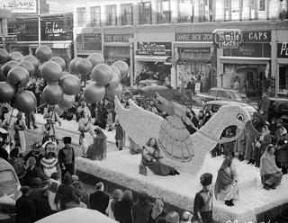Eaton's Santa Claus Parade, Edmonton, Alberta