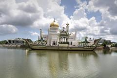 Sultan Omar Ali Saifuddin Mosque Omar Ali Saifuddin Mosque