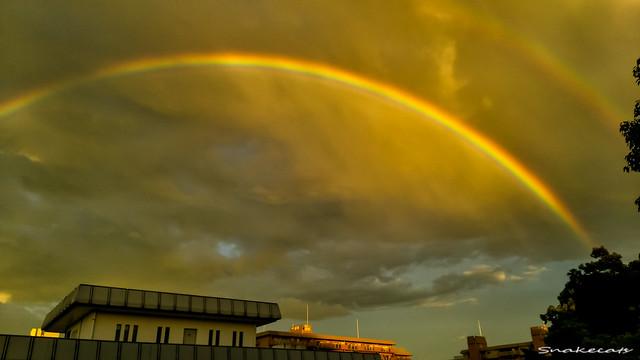 「光る虹」 伊丹 - 兵庫