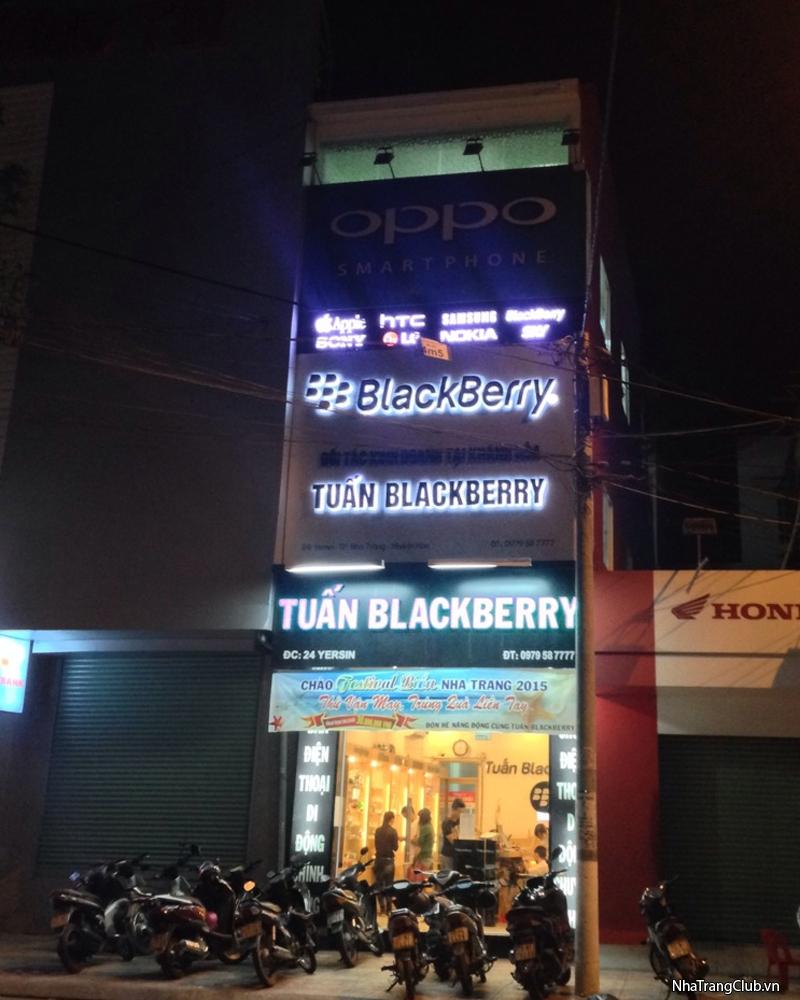 Tuấn BlackBerry Mua bán-Sửa chữa BlackBerry-iPhone-iPad-Sony-Samsung-LG-HTC-SKY.Có bán trả góp