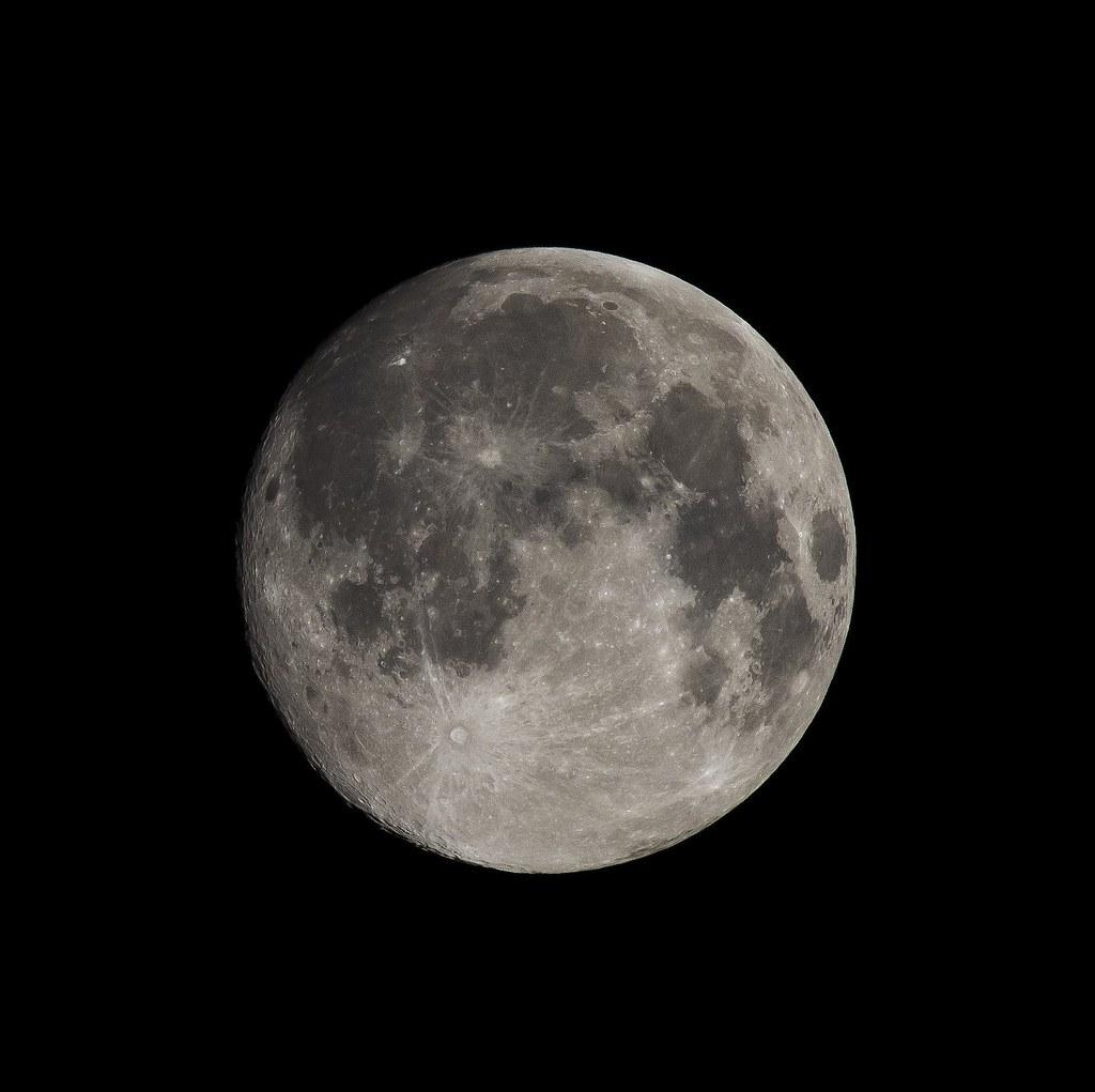 2015.07.30 Full Moon (Blue Moon) -1day