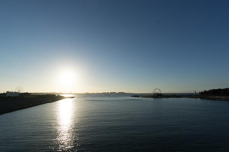 若洲橋からの日の出