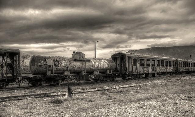 Τα τρένα που φύγαν...