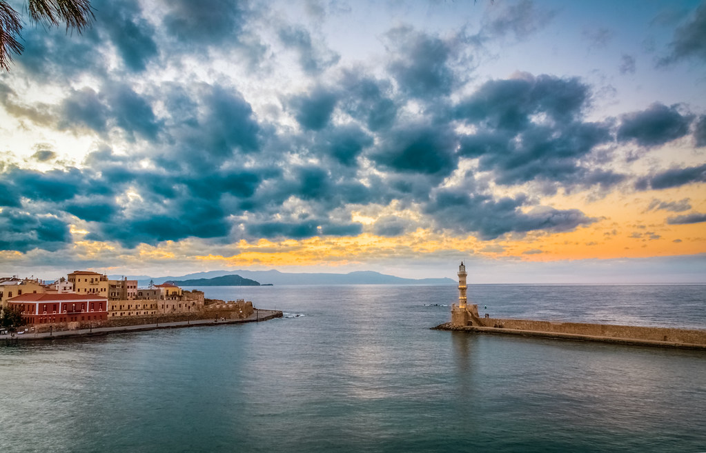 Robert Emmerich - 54 HDR sunset at the harbor in Chania - Greece