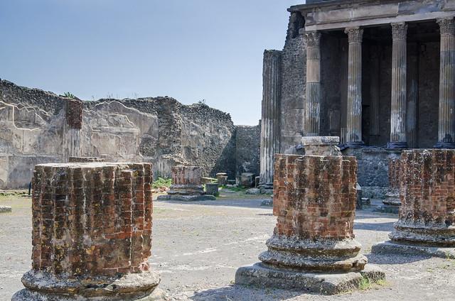 20150519-Pompeii-Basilica-0707