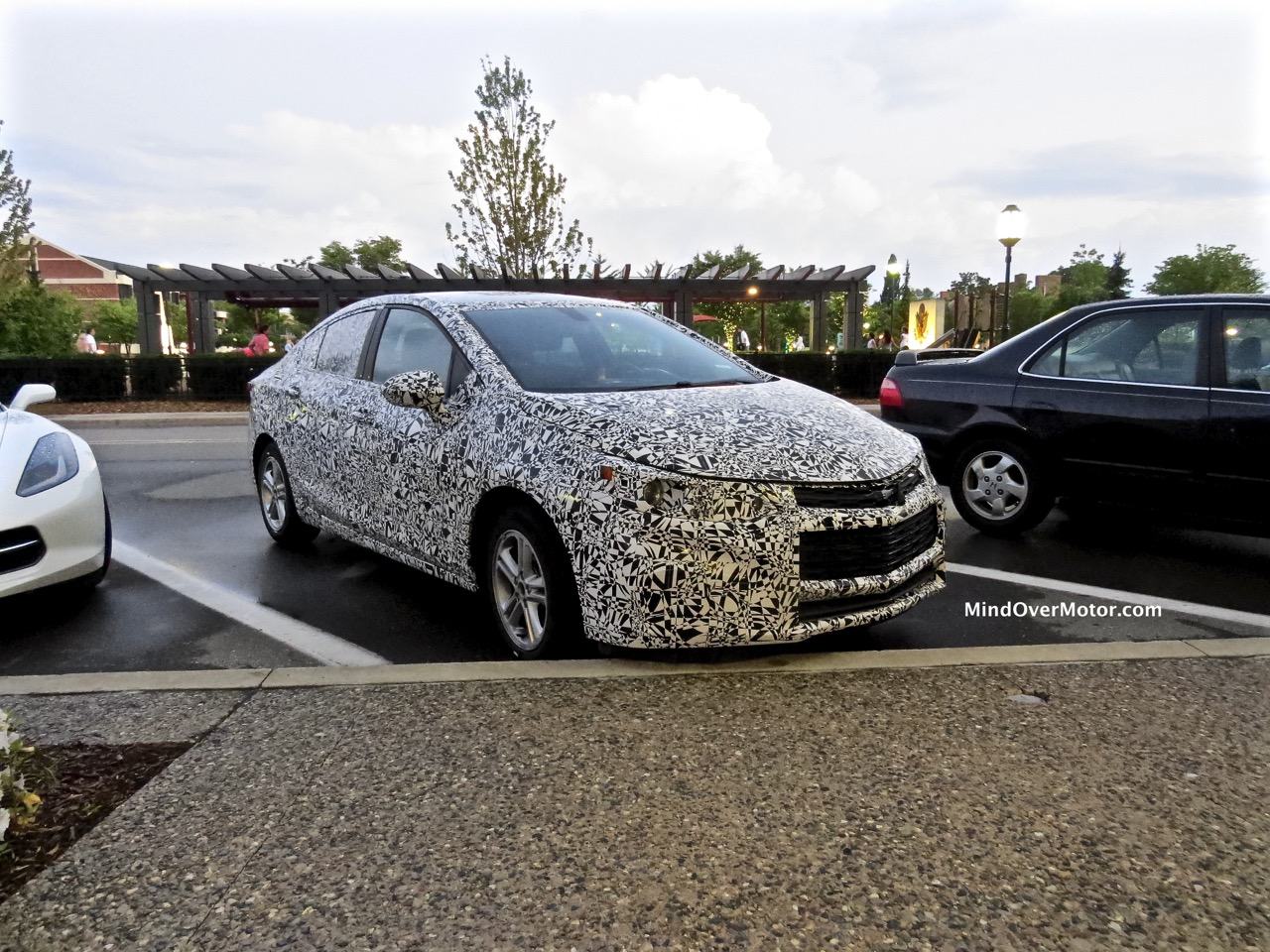 New Chevrolet Cruze Spied Front 1