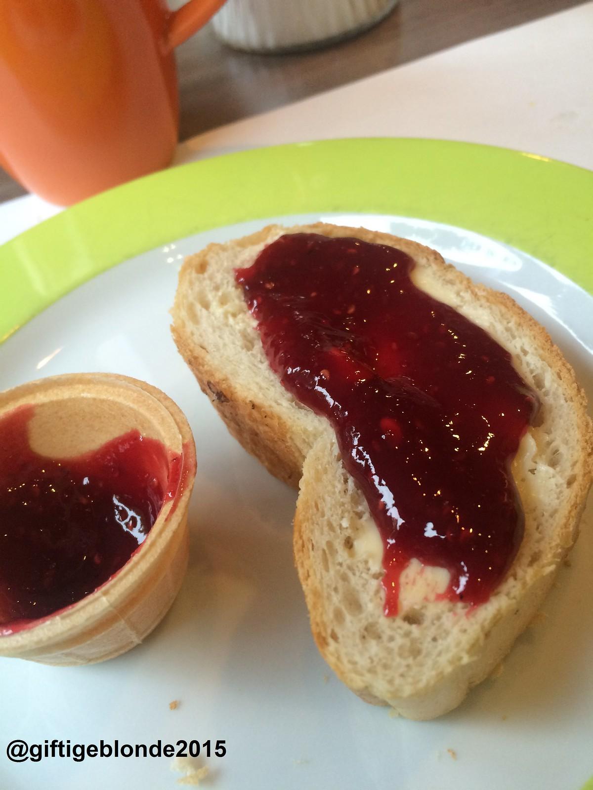 Frühstück im Ibis Styles Linz