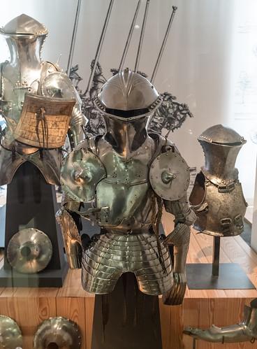 Armadura de torneo en el Musée de l'Armée
