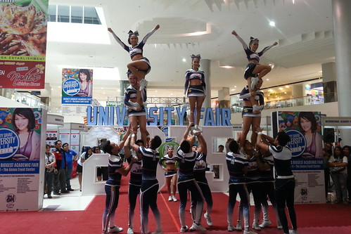 Davao Photos: National University (NU) Pep Squad at SM Davao's University Fair 2015 - DavaoLife.com 20150709_114622