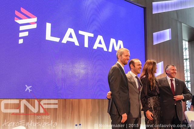 Anúncio da marca LATAM - São Paulo-SP