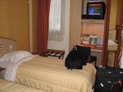 tour paris holiday inn