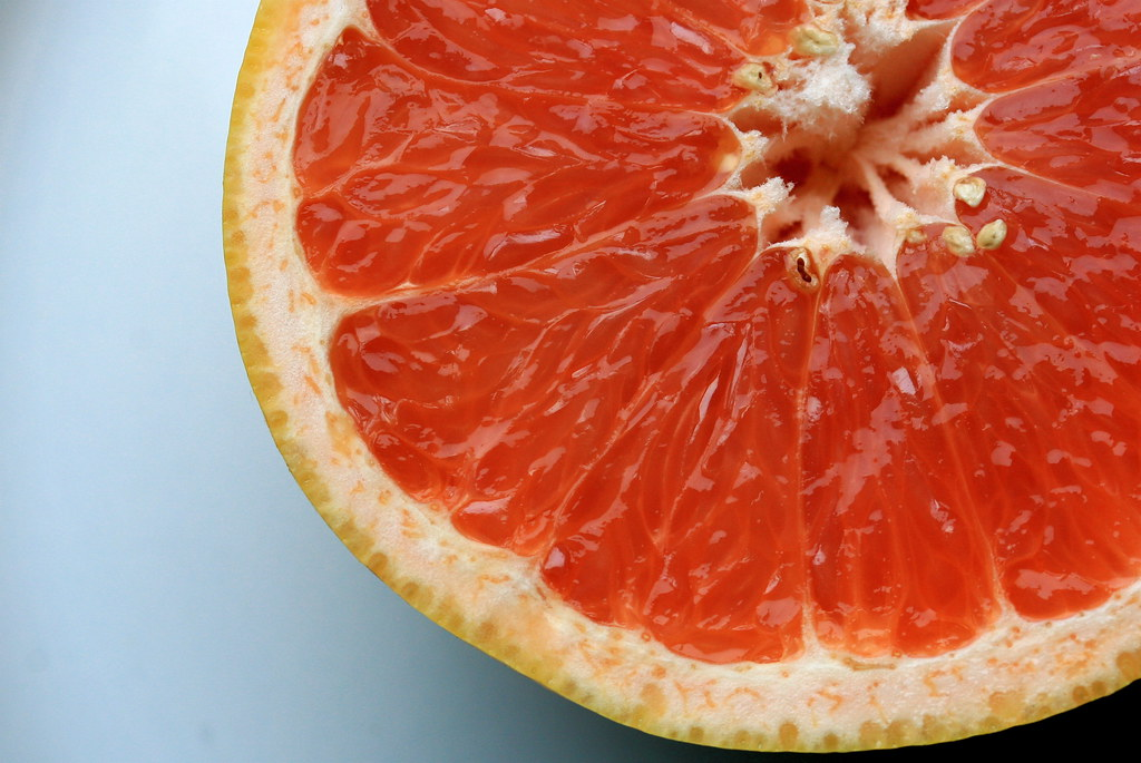 grapefruit raw, pink and red, all areas