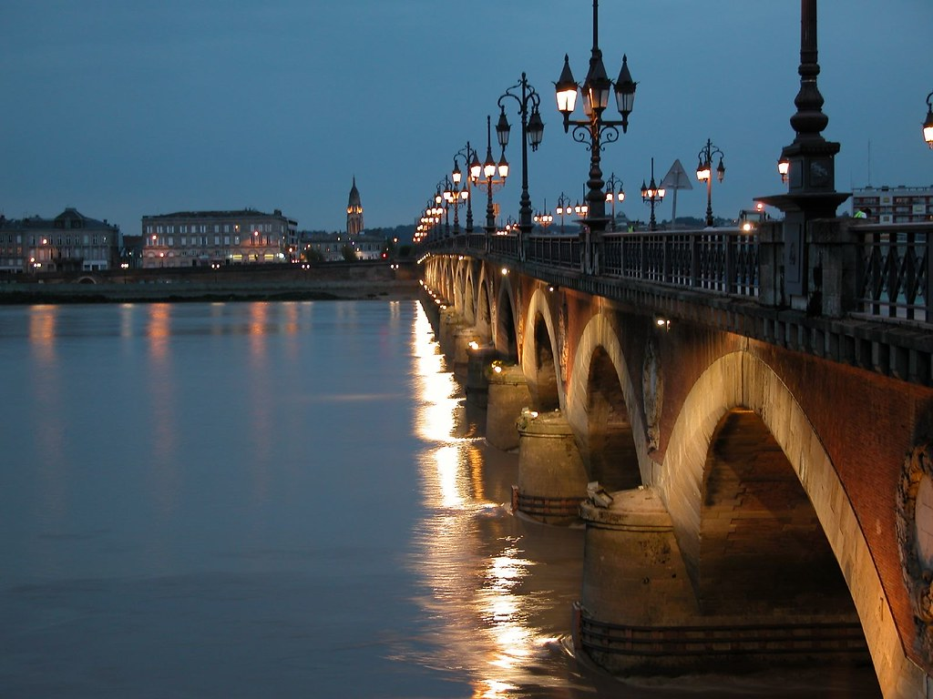 le pont de pierre bordeaux flickr photo sharing. Black Bedroom Furniture Sets. Home Design Ideas