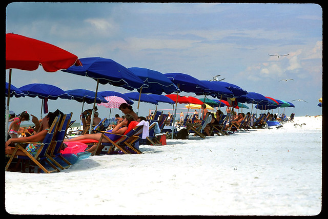 Beaches of Biloxi by CC user laszlo-photo on Flickr