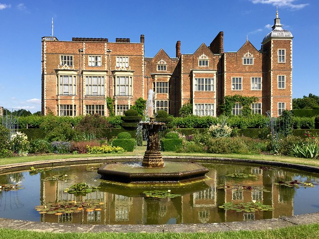 Hatfield House Gardens
