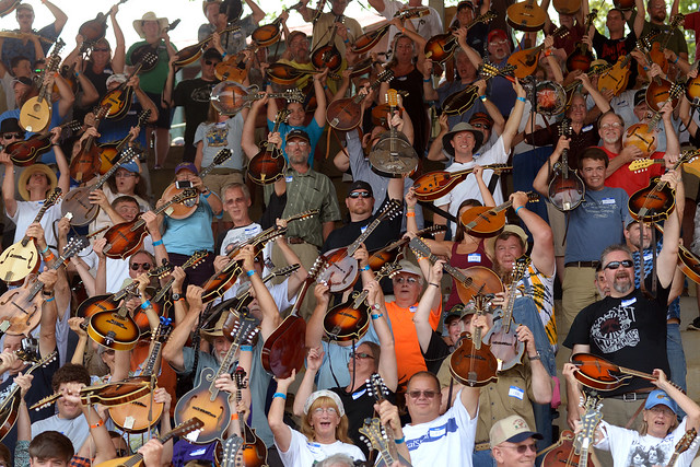 Mandolin World Record at Galax Old Fiddlers Convention