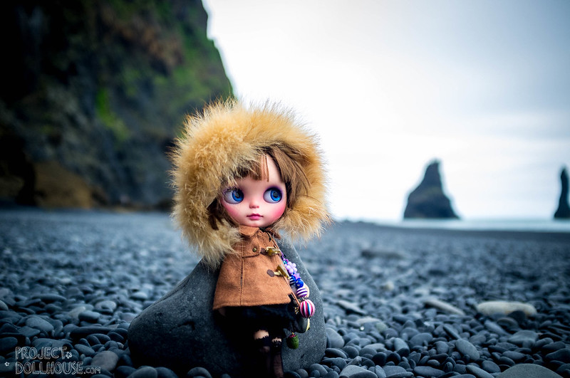 Nori goes to the Black Sands
