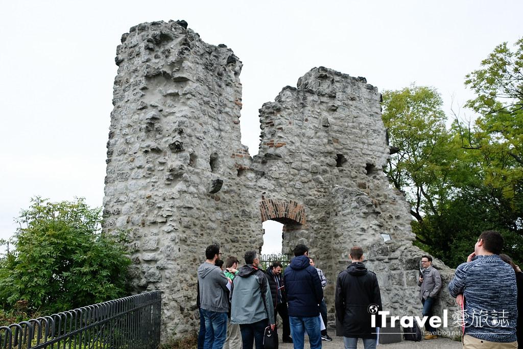 《德国自由行》五天四夜科隆行程攻略:波昂与杜塞道夫双城游,同场加映龙岩堡古堡参观记。