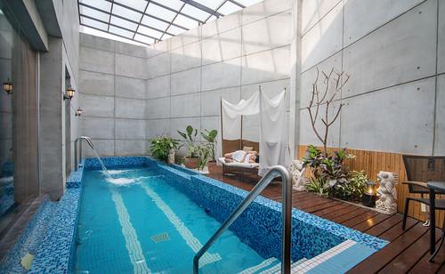 台南汽車旅館推薦媜13 房內還有游泳池真過癮 (4)