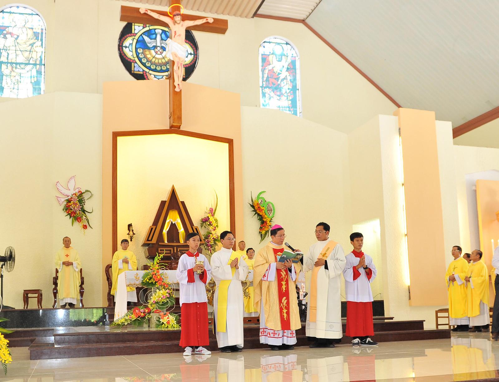Giáo Xứ Cao Xá - Gp. Phú Cường: Đại Lễ Mừng Bổn Mạng Và 60 Năm Hồng Ân