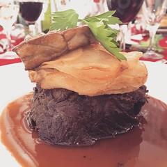 Moelleux de joue de bœuf, pomme Anna, foie gras poêlé et sauce au vin rouge
