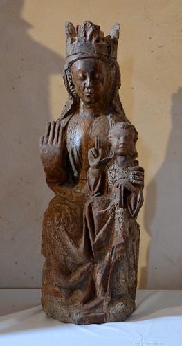 Abajas (Burgos). Iglesia de Nuestra Señora. Virgen sedente, siglo XIII