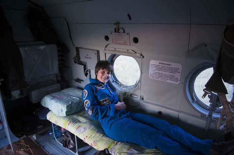 """[ISS] Expédition 43 """"Déroulement de la mission"""" - Page 7 18706935576_1a427e57aa_c"""