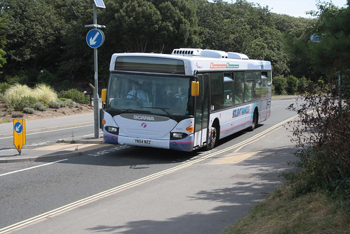 First Hampshire and Dorset 65025 YN54NZZ