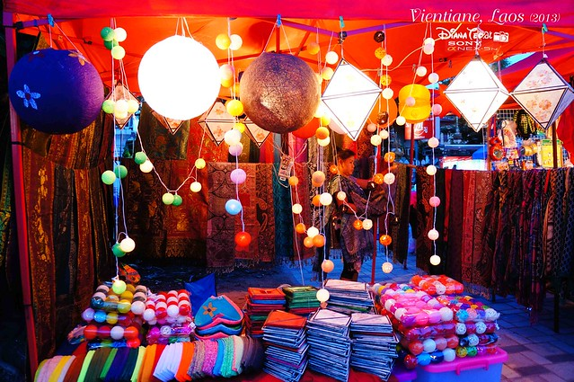 Laos 12 - Vientiane Night Market (Riverside Night Market)