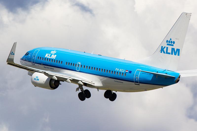 KLM - B737 - PH-BGU (2)