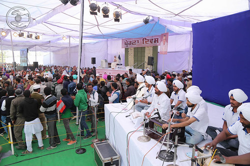 Avtar Bani by devotees from Jalandhar